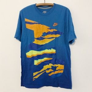 Nike Retro Graphic Shirt Men's Large
